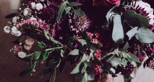 Brautstrauß violett, Beerentöne