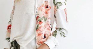 15 Trendy Outfits mit floraler Bomberjacke