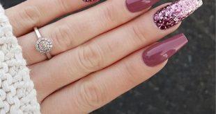 30+ Elegant Purple Glitter Sarg Nägel Inspirationen + Tipps – Seite 4 – Chic C